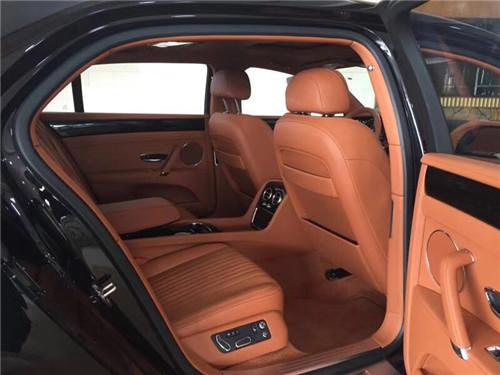 腾辉安驰 大连17款宾利飞驰V8S黑外观棕内饰 低价速来抢购